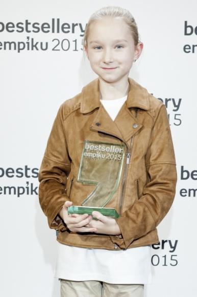 Dziesięcioletnia Nela zdobywczynią nagrody Bestseller Empiku 2015! Książka, LIFESTYLE - Nela Mała Reporterka została najmłodszą w historii laureatką nagród Bestsellery Empiku!