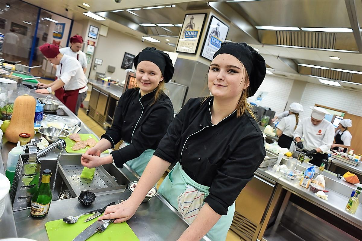 Autorskie potrawy młodych kucharzy z Kurczakiem Zagrodowym