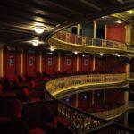 The show must go on, czyli oświetlenie w teatrze